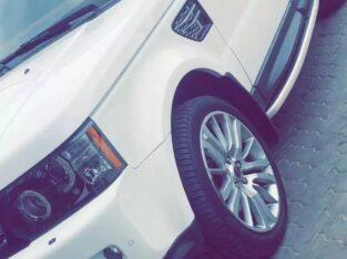 لاند روفر للبيع في مدينة أبو ظبي الإمارات